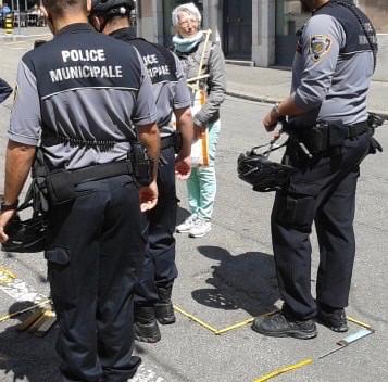 """Défi coopératif """"Tu mas vu?"""" joué par la police municipale"""